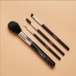 Aesthetica  (4pc brush set)